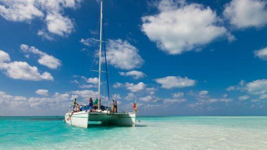 Tout savoir sur la location de catamaran
